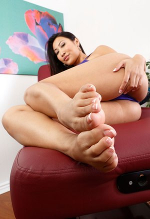 Asian Foot Pics